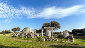 Minorque compte plus de 1 500 sites de vestiges et monuments talayotiques - © OT Baléares