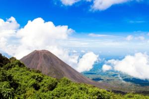 Le Volcan de Izalco depuis le point de vue du Parc Naturel Cerro Verde - OT du Salvador