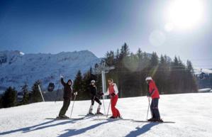 100 moniteurs de l'ESF se sont déjà spécialisés pour enseigner le ski en Chine - © ESF