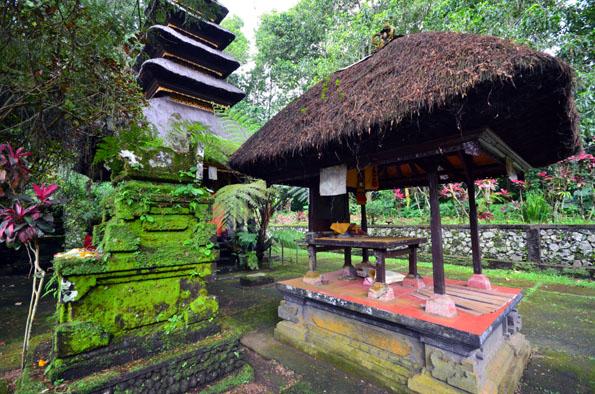 Temple à Ubud (Bali) - © D. Raynal