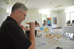 Le jury du Martinique Rhum Awards à la distillerie Depaz à Saint-Pierre. Crédit photo David Raynal