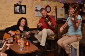 En Irlande, énormément de chansons sont parties des bistrots - © David Raynal