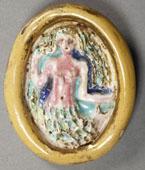 Broche La Sirène, terre cuite émaillée, or et fer - ©  Musée Robert Tatin