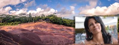 Le voyageur y découvre la mystérieuse terre des sept couleurs de Chamarel - © ]ٌ