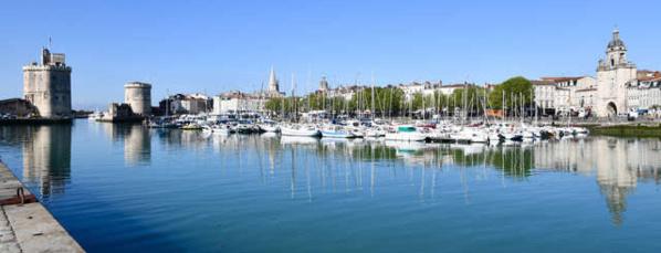 Vieux-Port et Cours des Dames - © Julien Chauvet