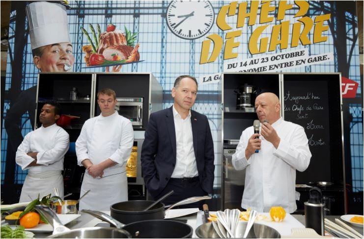 Patrick Ropert, Directeur général de SNCF Gares & Connexions et le Chef Thierry Marx en 2016 - © SNCF/Maxime Huriez