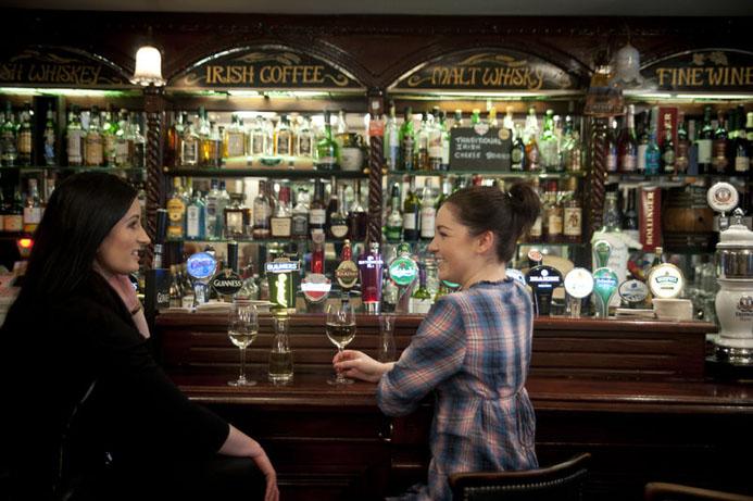 Ambiance Pub - © Office de tourisme de l'Irlande.