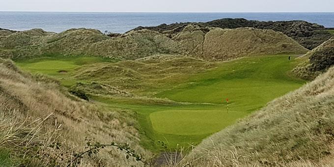 Portstewart Golf Club  point de vue fantastique du trou n° 12 - © T. Plassais - Swing-feminin.com