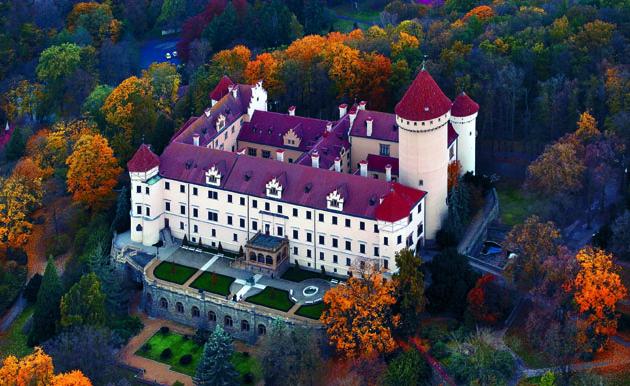 4_Château Konopiste - © Libor Svacek - CzechTourism