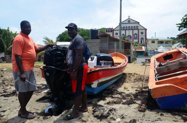 Pêcheurs au village de Laborie - © D. Raynal