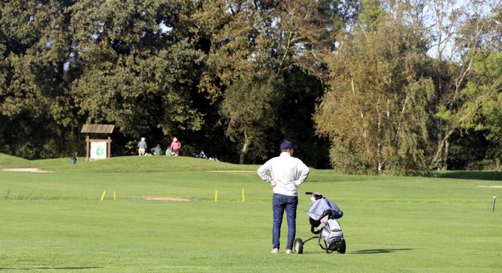 Golfeurs à vos clubs, les parcours vous attendent !
