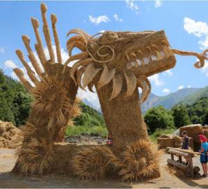 Sculptures sur foin et paille à Valloire