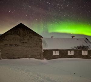 Islande, pays des expériences extrêmes  (Vidéo)