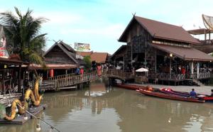 Marché flottant de Pattaya - © JL Corgier