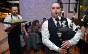 La cérémonie du haggis lors d'un Burns supper - © David Raynal